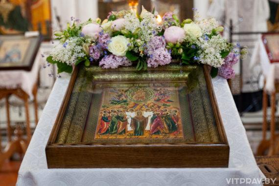 В праздник Вознесения Господня архиепископ Димитрий совершил Литургию в Свято-Покровском соборе города Витебска