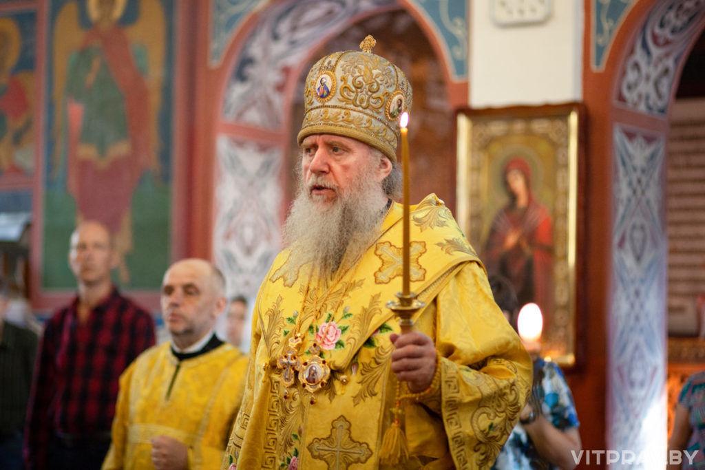 В канун Недели 2-й по Пятидесятнице архиепископ Димитрий совершил всенощное бдение в Свято-Покровском соборе города Витебска