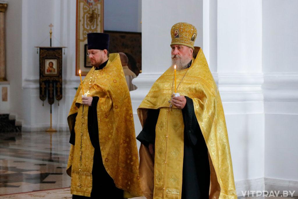 В канун Недели 4-ой по Пятидесятнице архиепископ Димитрий совершил всенощное бдение в Свято-Успенском кафедральном соборе