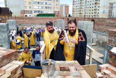 В Орше заложили капсулу в основание строящегося храма святителя Спиридона Тримифунтского