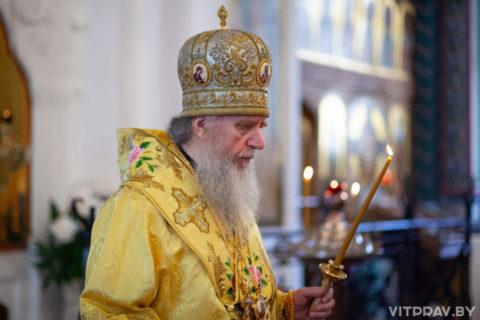 В канун Недели 6-й по Пятидесятнице архиепископ Димитрий совершил всенощное бдение в Свято-Покровском соборе города Витебска