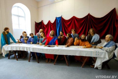 В Витебске открылась уникальная выставка восковых фигур