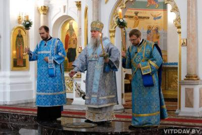 В канун праздника Успения Пресвятой Богородицы архиепископ Димитрий совершил всенощное бдение в кафедральном соборе города Витебска