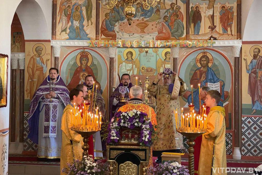 В Лиозно отметили праздник Крестовоздвижения в одноименном храме