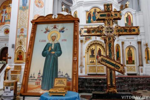С 8 по 18 октября в Свято-Успенском кафедральном соборе города Витебска будет находиться ковчег с мощами Матроны Московской и крест-мощевик