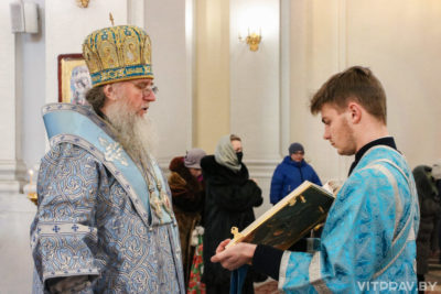 В день памяти святого благоверного великого князя Александра Невского архиепископ Димитрий совершил Литургию в Свято-Успенском кафедральном соборе города Витебска