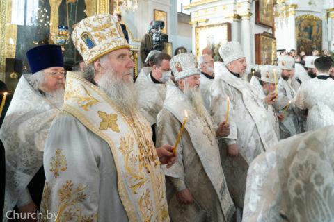 В праздник Обрезания Господня архиепископ Димитрий сослужил митрополиту Вениамину в Свято-Духовом кафедральном соборе города Минска