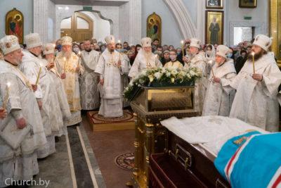 В канун праздника Обрезания Господня архиепископ Димитрий сослужил митрополиту Вениамину в Свято-Духовом кафедральном соборе города Минска