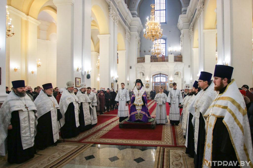 В Свято-Успенском кафедральном соборе города Витебска был совершен ежегодный Рождественский молебен