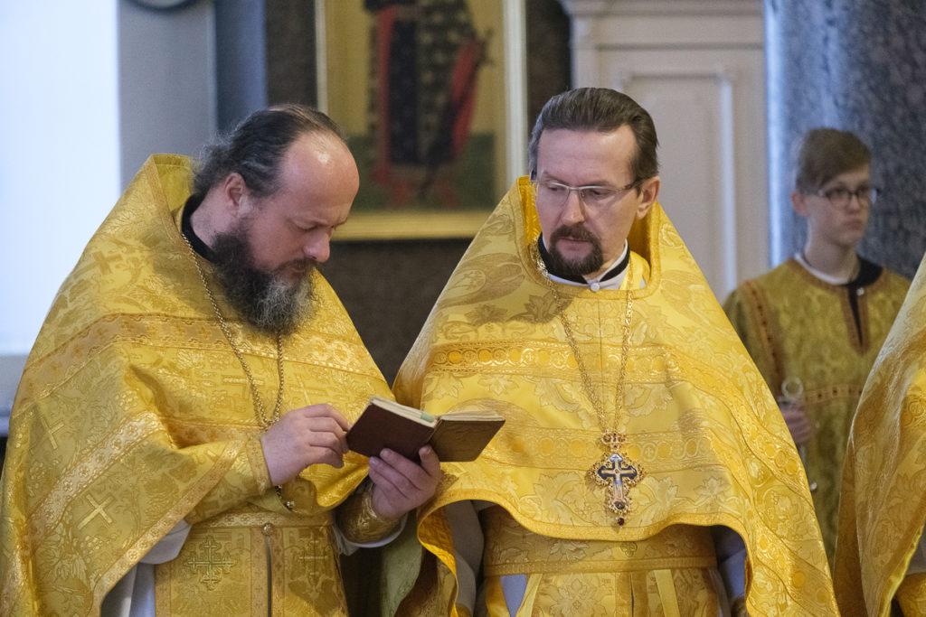 Архиепископ Димитрий сослужил митрополиту Санкт-Петербургскому и Ладожскому Варсонофию в Казанском кафедральном соборе