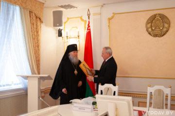 Подписание Программы мер по выполнению соглашения о сотрудничестве между Республикой Беларусь и Белорусской Православной Церкви в Витебской области