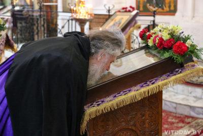 В Неделю первую Великого поста, Торжества Православия, архиепископ Димитрий совершил Литургию в Свято-Покровском соборе города Витебска