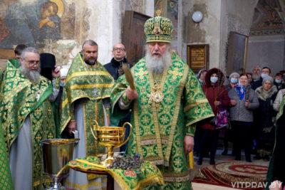 В праздник Входа Господня в Иерусалим архиепископ Димитрий совершил Литургию в храме великомученицы Ирины города Москвы