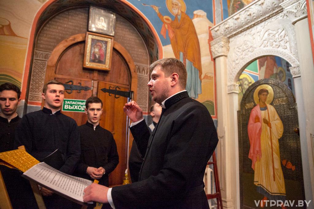 В канун праздника Благовещения Пресвятой Богородицы митрополит Вениамин совершил всенощное бдение в одноименном храме города Витебска