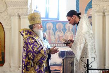 В Неделю вторую Великого поста архиепископ Димитрий совершил Литургию в Свято-Покровском соборе города Витебска