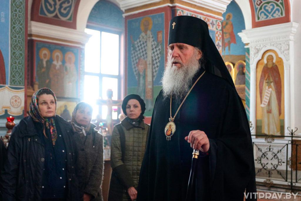 В Великий Четверток архиепископ Димитрий совершил Литургию в Свято-Покровском соборе города Витебска