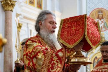 В Неделю 6-ю по Пасхе архиепископ Димитрий совершил Литургию в Свято-Успенском кафедральном соборе города Витебска