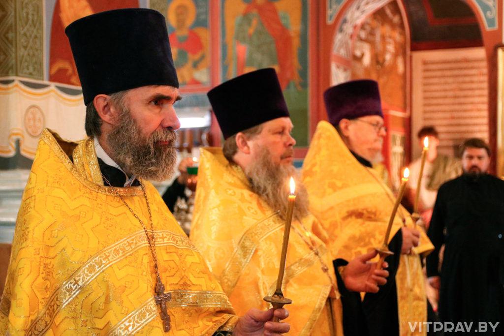 В канун дня памяти святого праведного Серафима, Саровского чудотворца, архиепископ Димитрий совершил всенощное бдение в Свято-Покровском соборе гор
