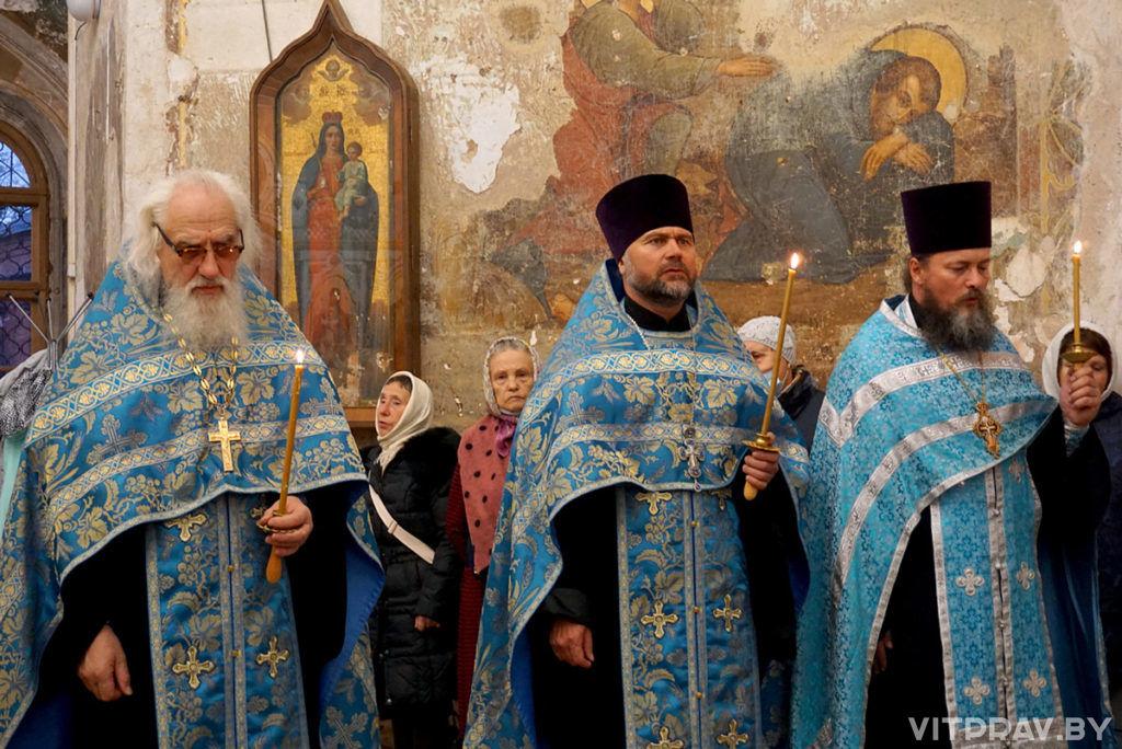 В канун праздника Рождества Пресвятой Богородицы епископ Антоний совершил всенощное бдение в храме великомученицы Ирины в Москве